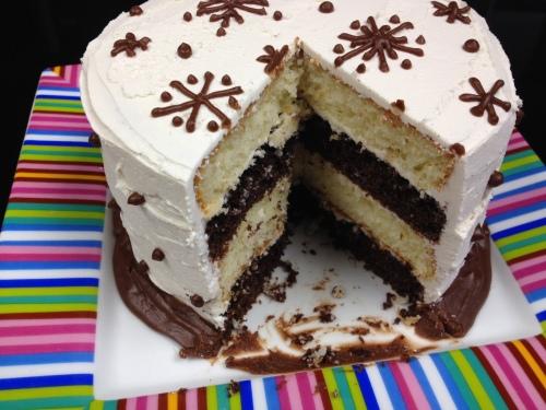 Layered Vanilla Cake Recipes: Winter Layer Cake
